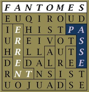 FANTOMES DU PASSE ET TOURISTES D AUJOURD HUI ERRENT DANS LA VILLE HISTORIQUE -c